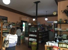 Interior estación de Luque