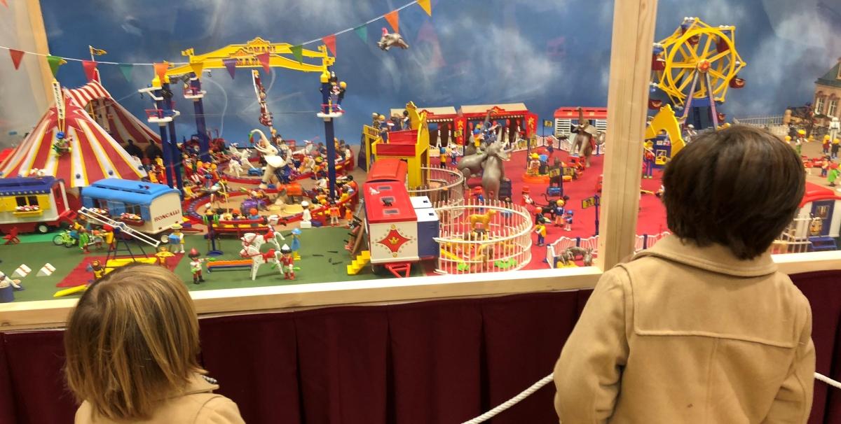 ARGAR Almería: Exposición Solidaria Playmobil