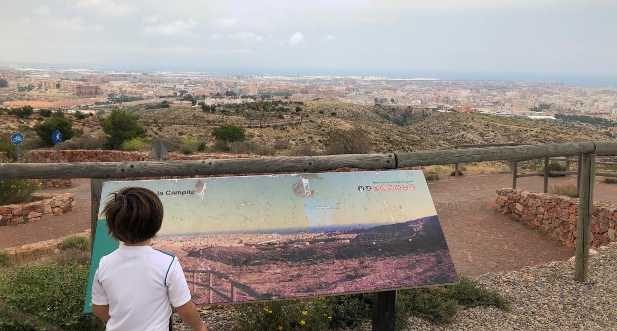 Un paseo por el Cordel de la Campita, la Puerta Verde de Almería, con niños